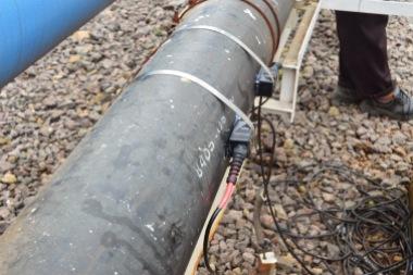 Instalasi Sensor Ultrasonic pada Pipa HDPE