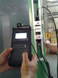 Pengetesan Debit cooling tower denga flow meter portable